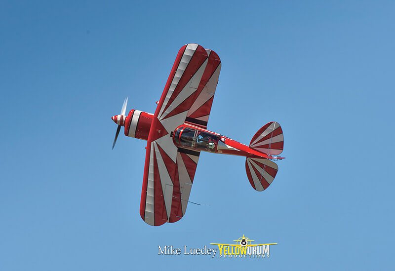 Brett Handy flying Pitts S-2 stunt aircraft